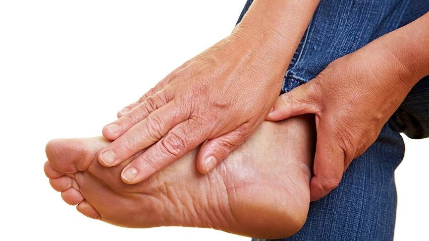 biểu hiện tê tay chân